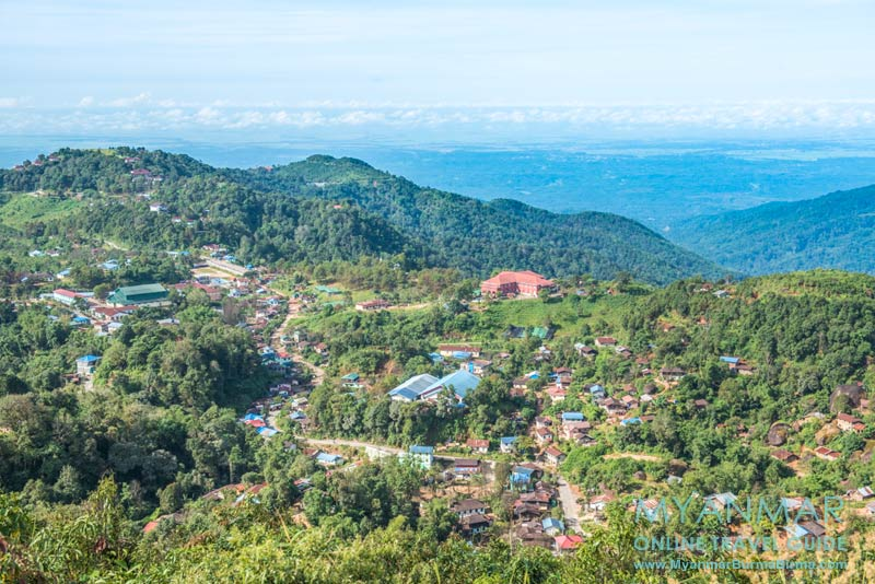 Myanmar Reisetipps | Thandaunggyi | Ausblick auf den Ort