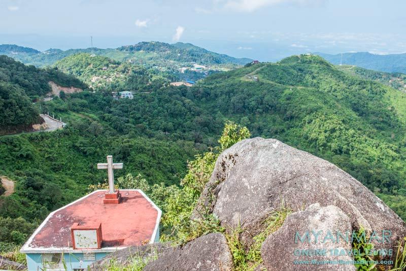 Myanmar Reisetipps | Thandaunggyi | Naw Bu Baw Prayer Mountain