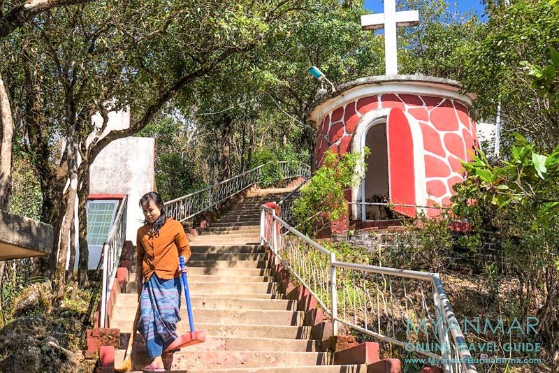 Myanmar Reisetipps | Thandaunggyi | Kapelle am Naw Bu Baw Prayer Mountain
