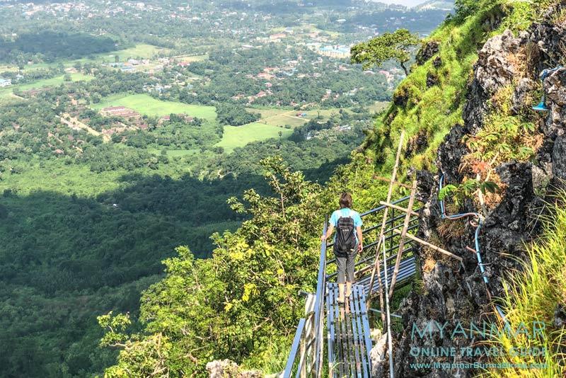 Myanmar Reisetipps | Hpa-an | Stege am Berg Kyar Inn