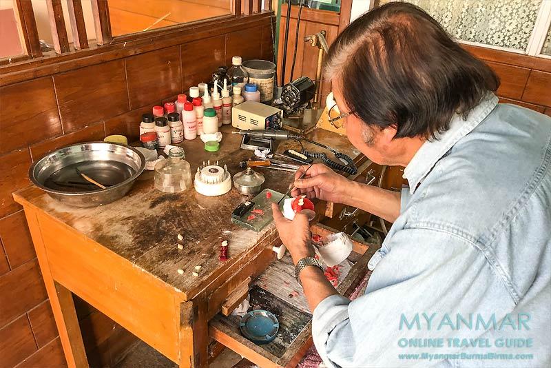 Myanmar Reisetipps | Pyin U Lwin | Zahnarzt am Purcell Tower